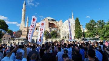 Ayasofya-i Kebîr Câmi-i Şerîfi'nin Tekrar İbadete Açılma Kararı
